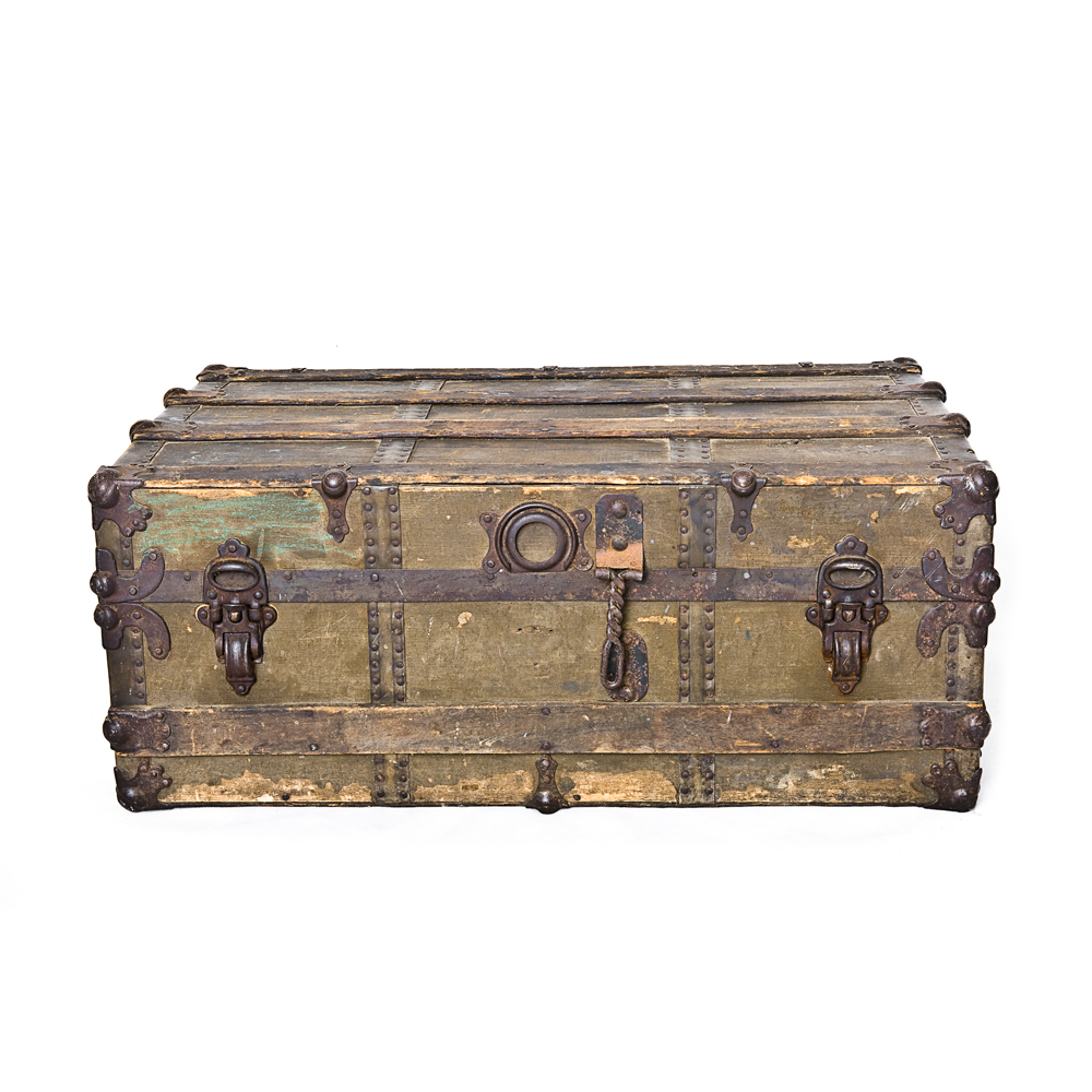 Antique Trunk 2